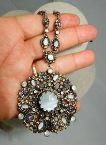 "SORRELLI Pendant Statement Necklace milky white stones 28"""