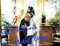 PRESIDENT DONALD TRUMP AUTOGRAPH HUGGING WITH JESUS CHRIST 8X10 PHOTO POSTER