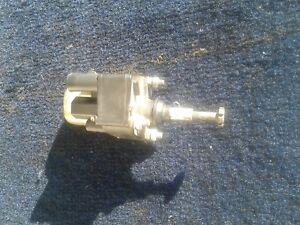 For 1980-1989 Cadillac Eldorado Fuel Pressure Regulator 97131ZJ 1981 1982 1983