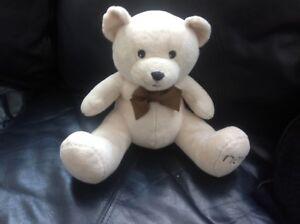 "HAMLEYS 11"" SITTING TEDDY BEAR PLUSH SOFT TOY COMFORTER"