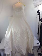 Alfred Angelo Wedding Dress Straight Strapless Neckline All Over Lace Size 13/14