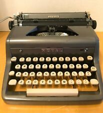 VTG Royal Quiet Deluxe Portable Typewriter- Shiny Gray w/Case-Clean & Beautiful!