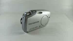 Olympus u-mini Digital Camera 4MP- High -Contrast TFT very rare vintage