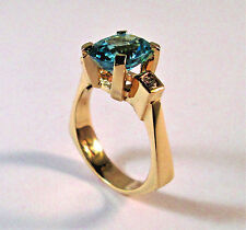 14KT YELLOW GOLD OVAL CUT BLUE TOPAZ RING WITH ACCENT DIAMONDS SIZE 9