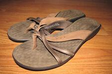 c00ee135c044c3 New ListingPRIVO By Clarks Sandals Flip Flops~Womens Size 9M~Bronze Brown  Color~EUC