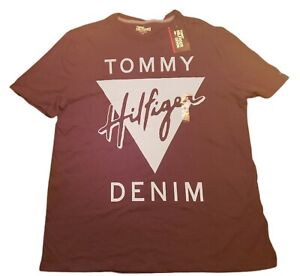 NWT Mens Black Tommy Hilfiger Graphic T Shirt Size Large L  $40 MSRP A060
