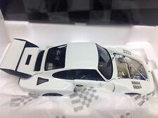 Exoto Porsche 935 Turbo 1:18 flat slant nose white plain 18100 very rare !!