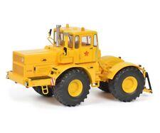 Schuco Modell Traktor Kirovets K-700A, gEvi Loveb 1:32 # 450771800