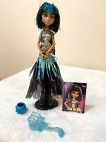 Monster High Ghouls Rule Cleo De Nile Doll With Accessories Stand Brush A4