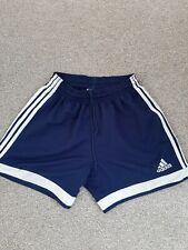 Mens Adidas shorts small (32)