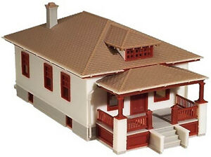Atlas N Scale Model Railroad Building Kit Barb's Bungalow Home/House