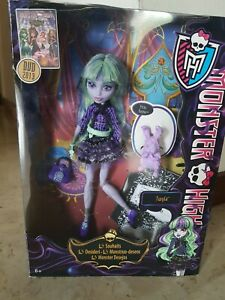 Monster High 13 wishes Twyla Doll - Nuovo - New - In box - Collezione