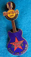 UNIVERSAL OSAKA 5 YEARS KEEP ON ROCKIN' STAR GUITAR SERIES Hard Rock Cafe PIN LE