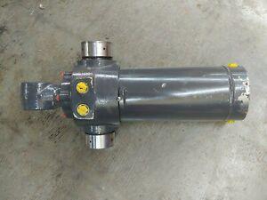 CNH New Holland 47699351 Backhoe Hydraulic Swing Cylinder B95, B100, B110, B115