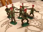 60S BRITAINS TIMPO TOY SOLDIER WW II BRITISH/FRENCH  INFANTRY RED BERETS x7