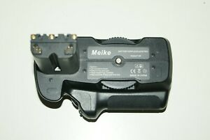 Meike Vertical Battery grip for Sony Alpha a500/a550/a580 Very Good Condition 2