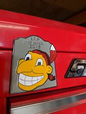 Snap on tool box/Chief Wahoo Tribute magnet