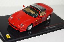 Ferrari 575 Super America 2005 rot 1:43 Ixo neu & OVP Fer026