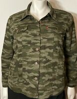 Levi's Women's Camouflage Button-Up Trucker Jacket With 4 Pockets Plus Size 2X