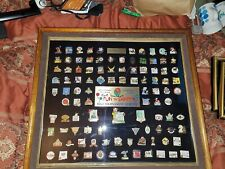 Bob Newhart signed 102nd Tournament Of Roses Official  Pin Collection #86 1991