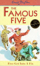 Famous Five: Five Get Into A Fix: Book 17 by Enid Blyton