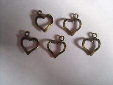 10 X HEART ANTIQUE BRONZE TONE CHARMS 20MM X 15MM JEWELLERY MAKING CRAFTS B01618