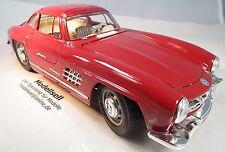 Mercedes Benz 300 SL Coupé 1954 Flügeltürer von Burago Maßstab 1:18 Modellauto