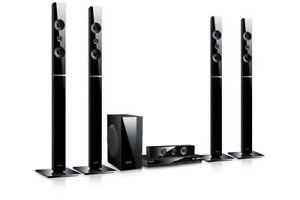 Samsung HT-E5550W 3D Blu-Ray Player 5.1 Heimkinosystem 1000Watt, WLAN Bluetooth