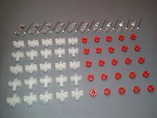 70 Klammern Clips Stopfen für Zierleisten Chromleisten W123 T-Modell S123 TE
