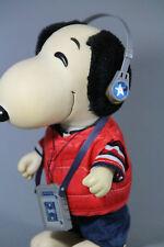 Snoopy Figur Hund mit Walkman und Kopfhörern 1958/1966 Korea Production Rarität