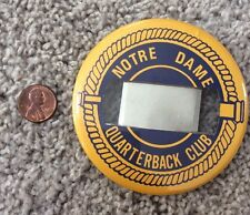 UNIVERSITY OF NOTRE DAME FOOTBALL QUARTERBACK CLUB BUTTON WITH CLAMP