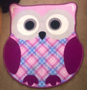 Beautiful Owl rug, Non Slip Backing 90 x 70cm, Collect Caerleon NP18 or Post
