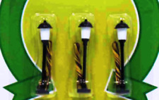 N Scale - Boulevard Lamp Post, Frosted (3 Lamps) MDP-8483