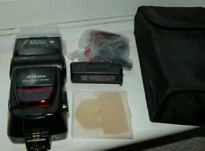 Nikon SB-800 Speedlight i-TTL Shoe Mount Flash with SD-800 quick recycle pack