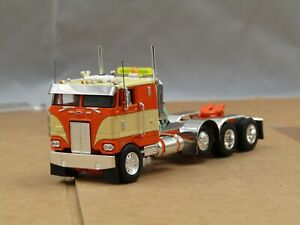 Dcp Custom stretched frame Peterbilt 352 orange/tan 4 axle heavyhaul 1/64