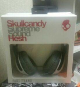 SKULLCANDY S6HSDZ-247 Hesh Paul FRANK Supreme Sound Headphones White New in Box