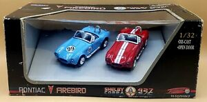Shelby Cobra 427 S/C   1999 New Ray 1:32 Scale Die Cast