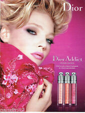 PUBLICITE ADVERTISING  026 2010  Dior maquillage rouge lèvres Addict