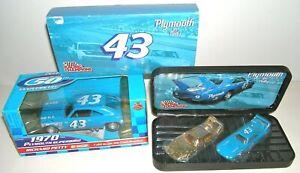 1970 Richard Petty #43 Superbird (1:24) Racing Champions ~ Plymouth by Petty 24K