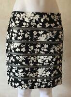 WHITE HOUSE BLACK MARKET Lattice Pencil Skirt, Floral Print, Lined,Size 6 NWT