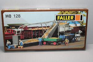 FALLER 128 Building Kit Rübenverladungs-anlage Gauge H0 Boxed