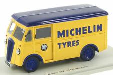 Camions miniatures en résine 1:43