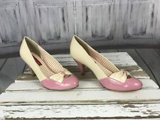 But Another Innocent Tale Womens High Heel Casual Formal Cream Pink Sz. 8.5