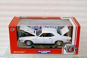 New M2 Machine White 1970 Dodge Challenger R/T 440 - R74 19-13 - 1:24 Scat  Pack