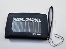 MARC JACOBS Black Saffiano Leather Zip Around Wallet Clutch  Wristlet NEW $135