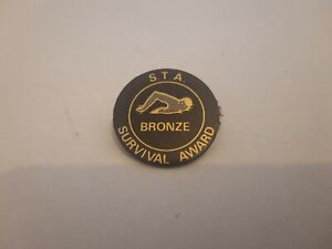 1980's SWIMMING TEACHERS ASSOCIATION BRONZE SURVIVAL AWARD BADGE PIN S.T.A BLACK