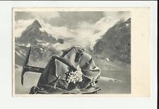 antica cartolina formato piccolo di alpinismo  zaino  e picozza montagna