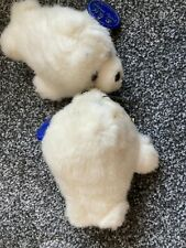 D.s.n pair of little furry seal babies toys