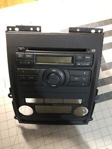 2010 Nissan Frontier Radio CD and Bezel