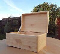 PLAIN  WOOD KEEPSAKE SOUVENIRS BOX CRAFT WITH  LID / NO HANDEL 30x20x13.7cm